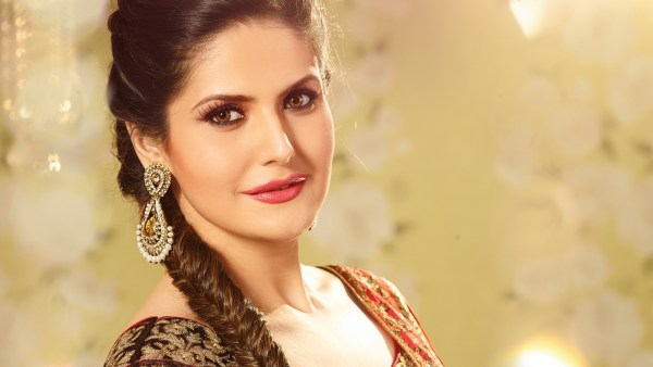 Zareen Khan HD Wallpapers