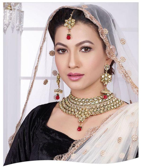 Gauhar Khan HD Wallpapers