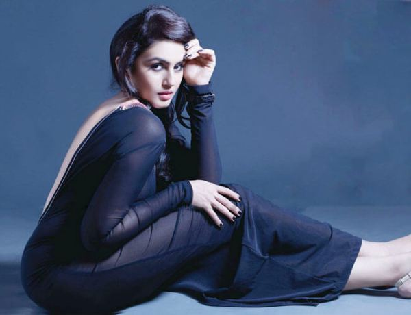 Huma Qureshi HD Wallpapers