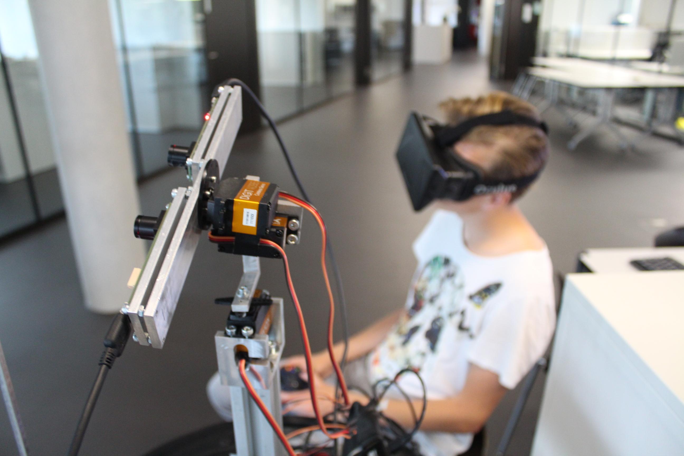 Camera gimbal with Oculus Rift