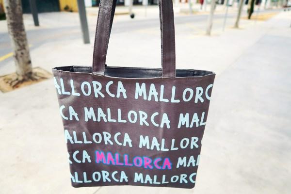 a-beach-bag-mallorca