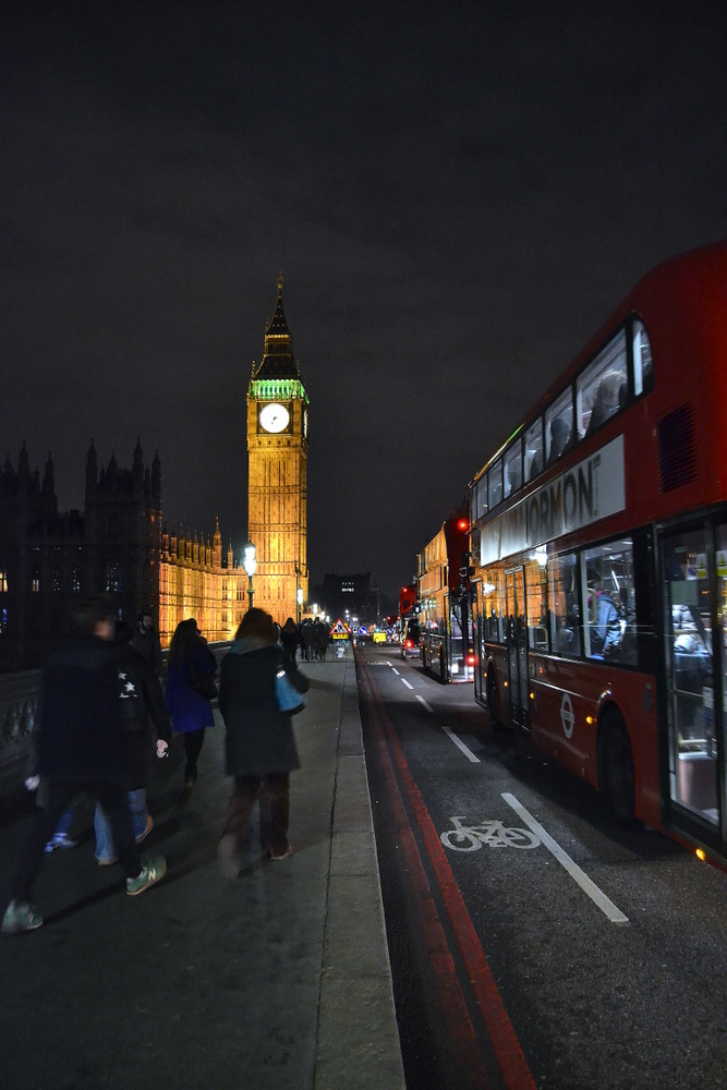 Big Ben by night (2)