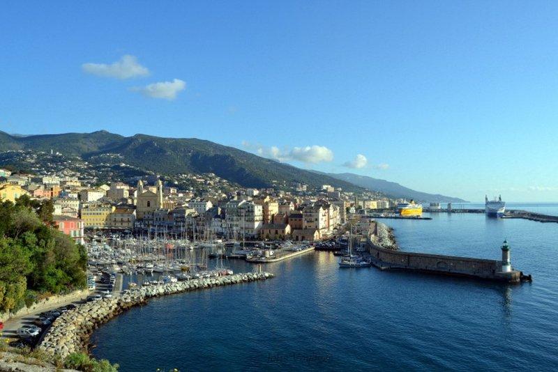 Port Bastia :  mes bonnes adresses en Corse  #corse #corsica #europetrip #ile #balagne #adresseaconnaitre #plage #sea #seaside #corsicaferries