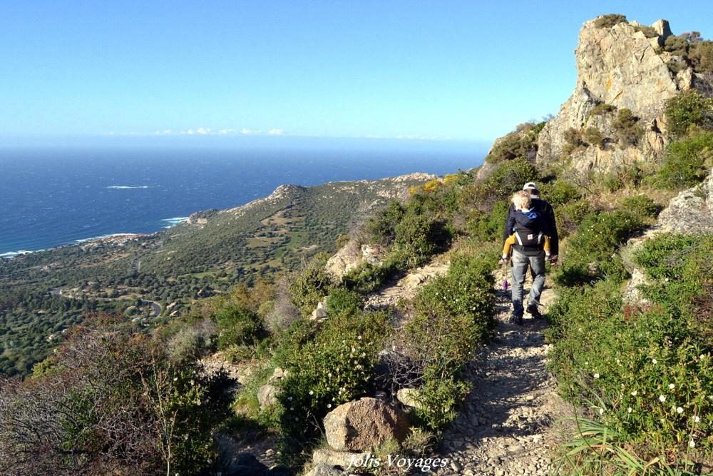 10 idees pour decouvrir la Haute Corse : Circuit des villages perchés de Balagne (village abandonné Lumio/Occi) #Corse #Plage #France #Voyage