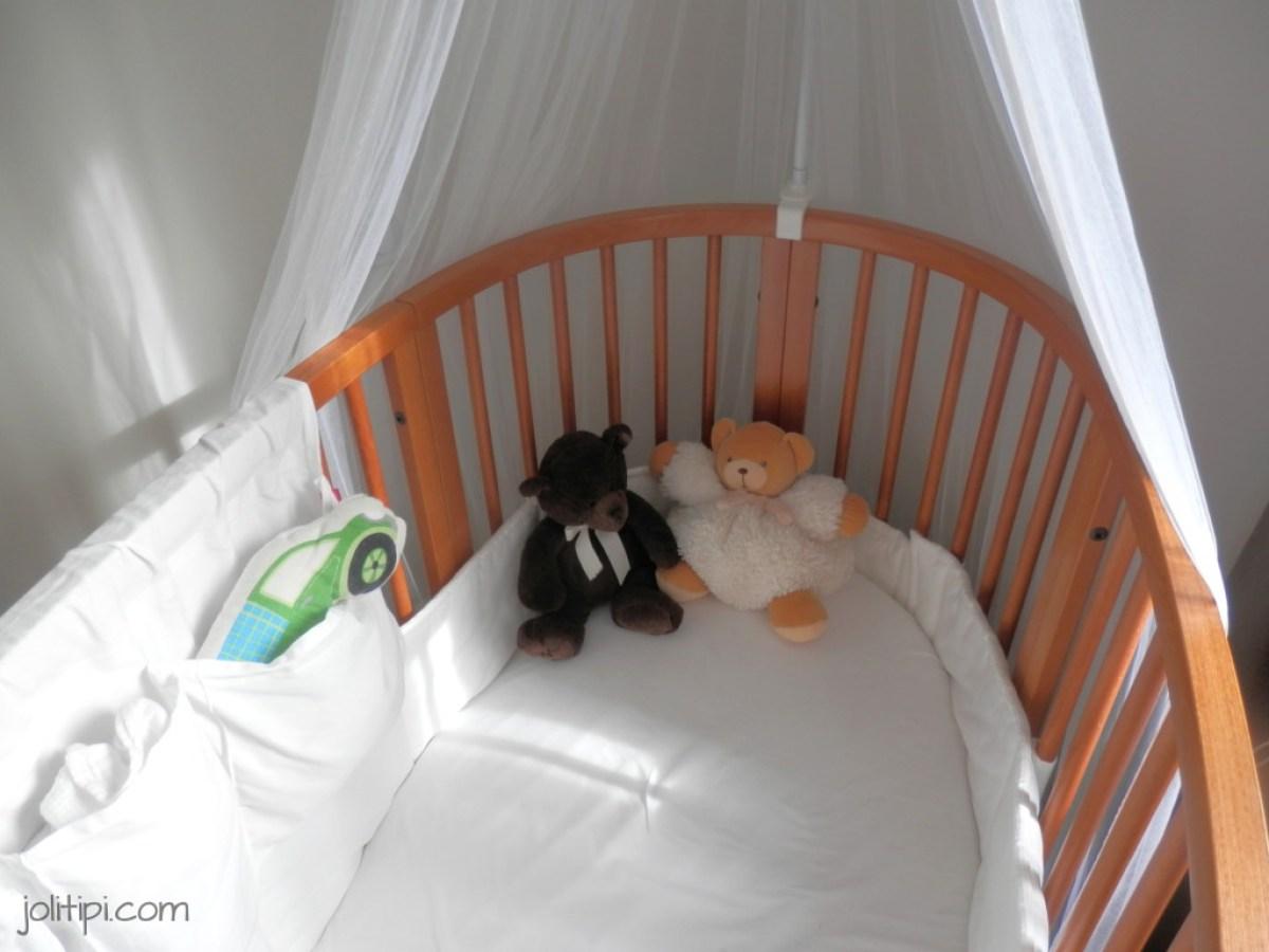 chambre bébé garçon lit stokke