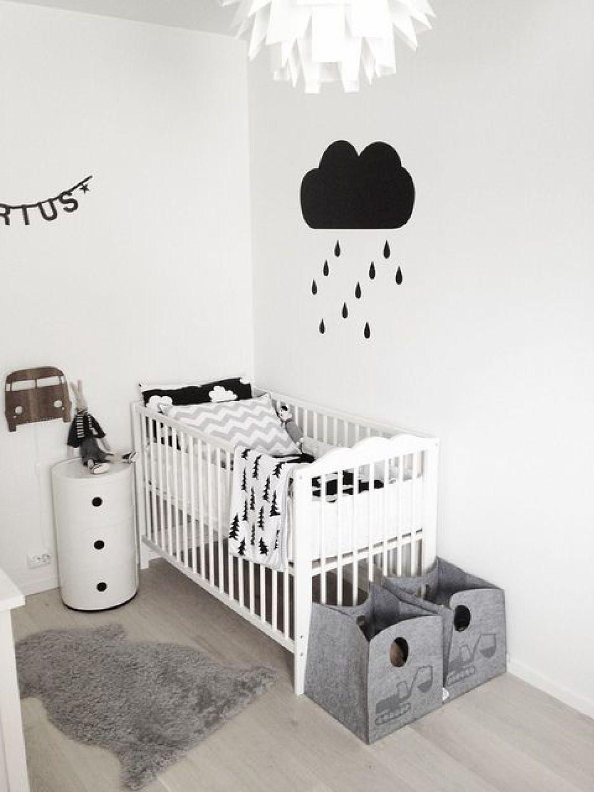 chambre-bébé-blanche