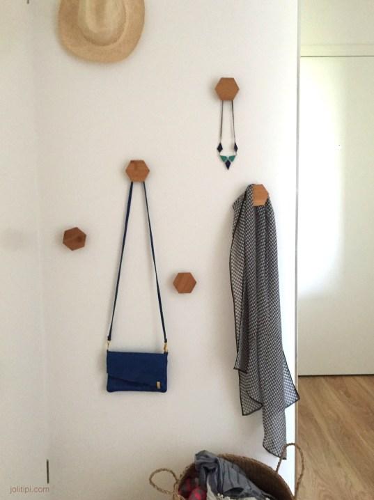 DIY composition de patère en bois et liège - Joli Tipi (1)
