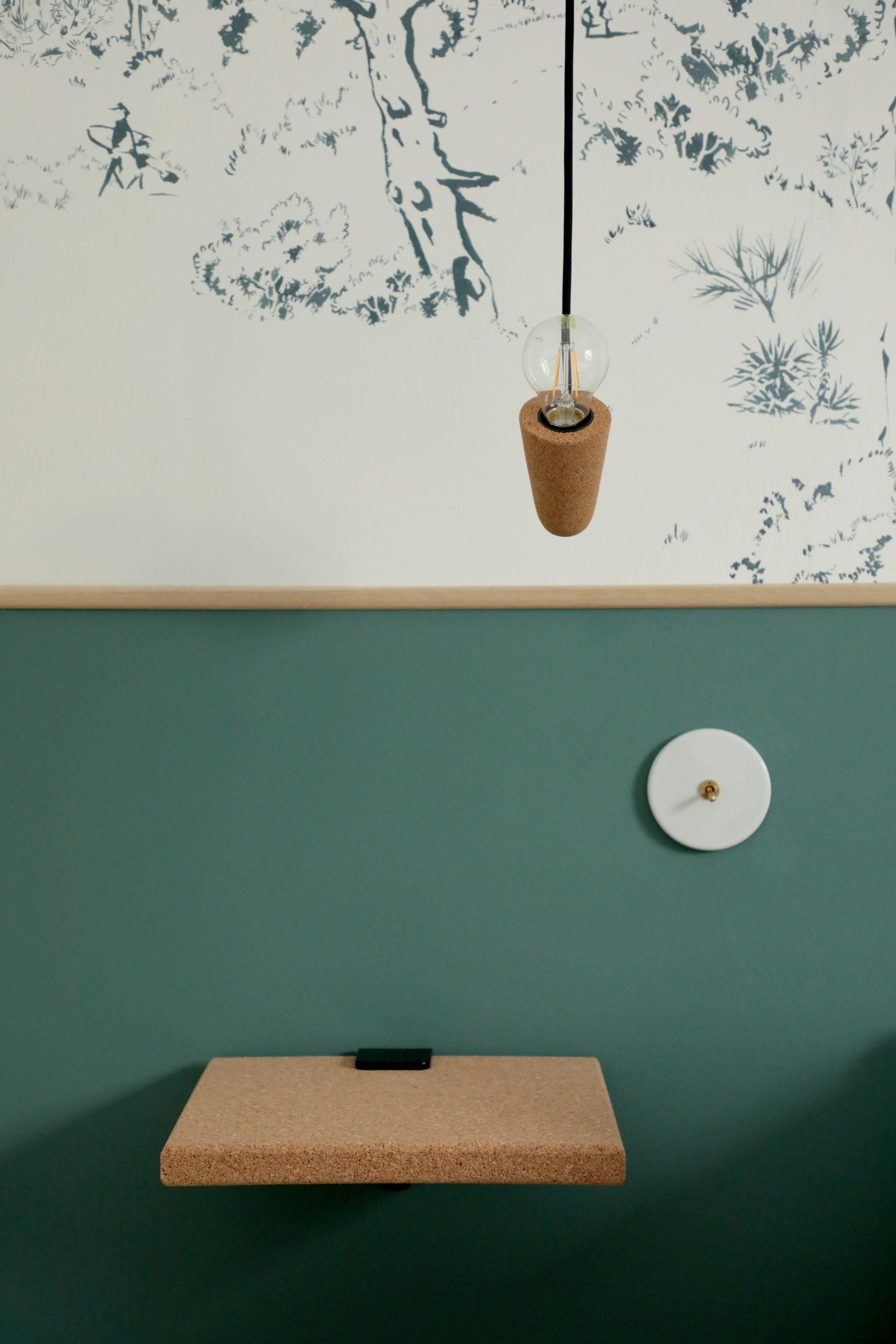 Chambre parentale décoration nuances de verts, papier peint
