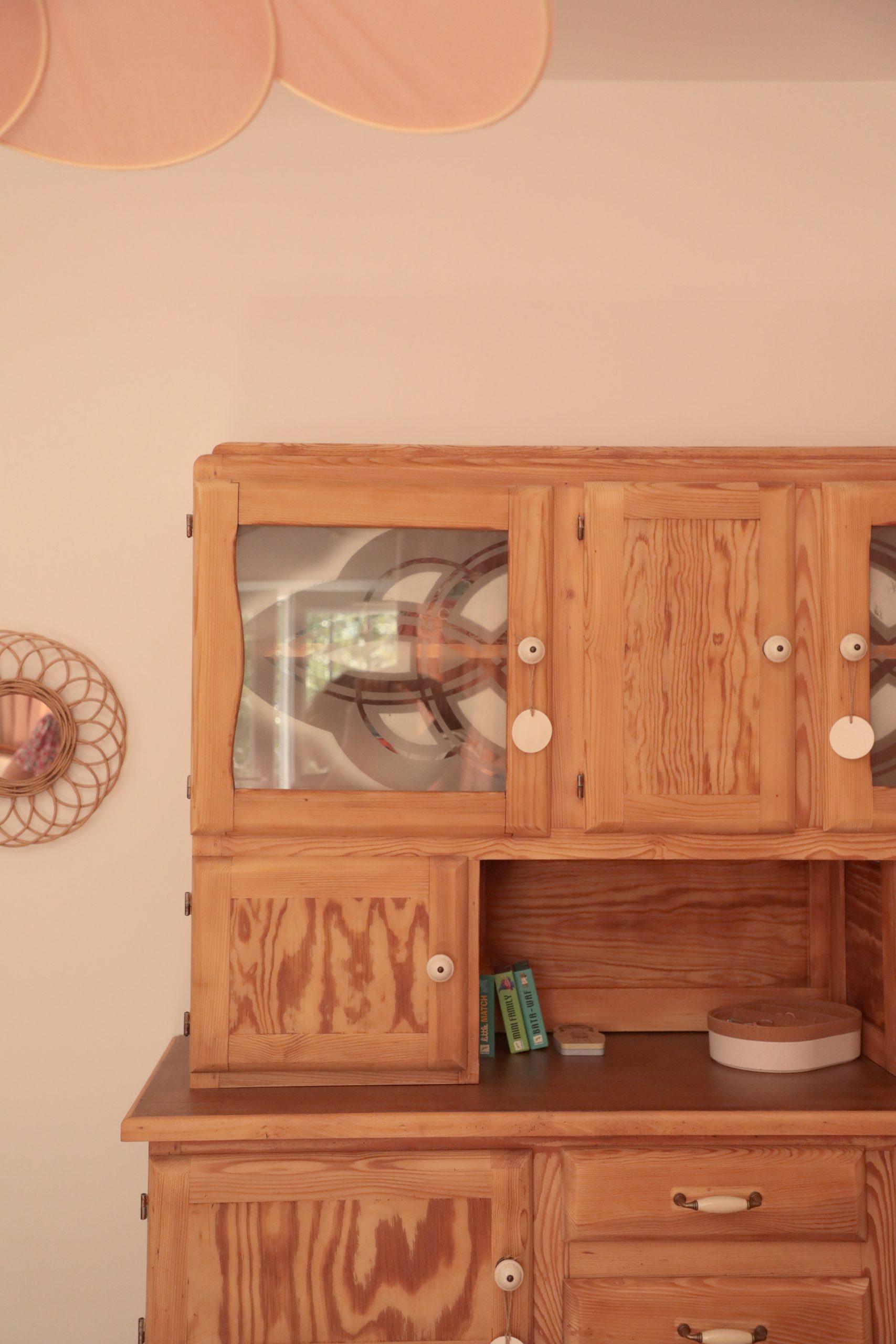 décoration chambre fille rose et bois