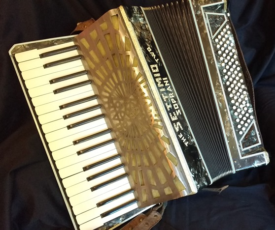 Settimio Soprani piano accordion 80bass