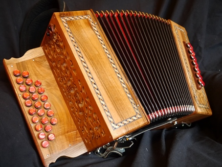 Pariselle melodeon with19+6 buttons in DG