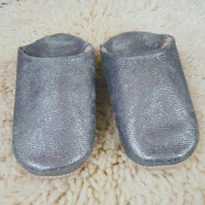 chaussons gris métalisés