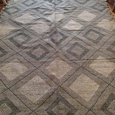 tapis kilim noir et blanc laine