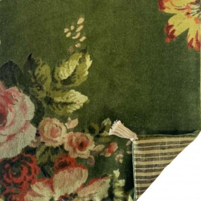 coussin veours à fleurs couleur vert avocat