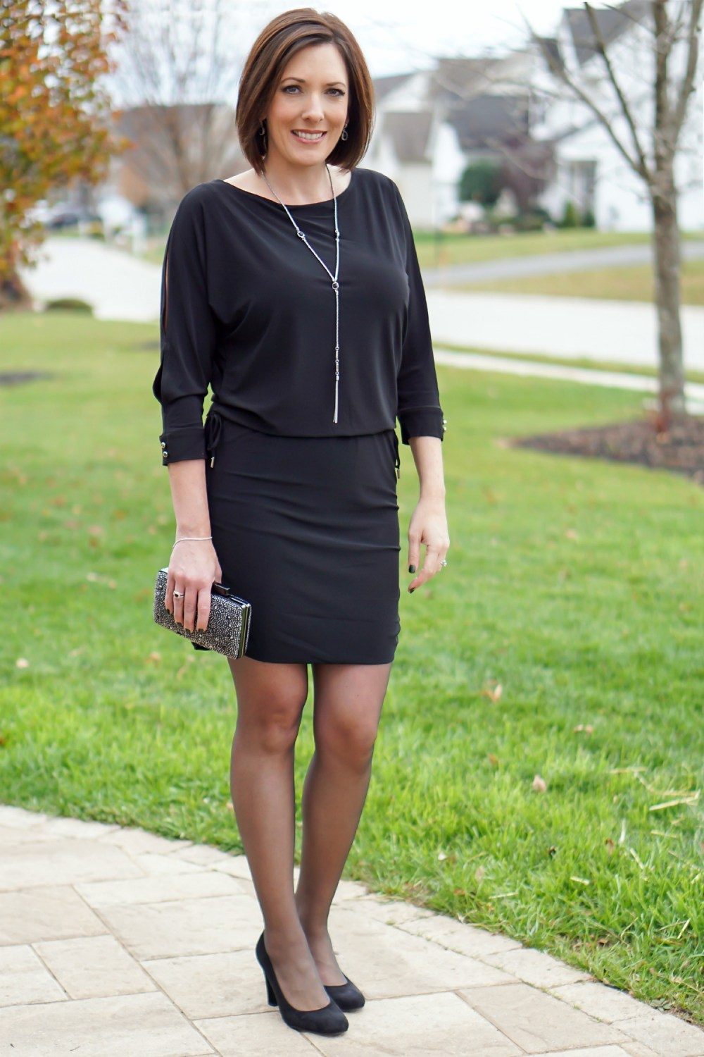 Resultado de imagen de sheer black tights with dress