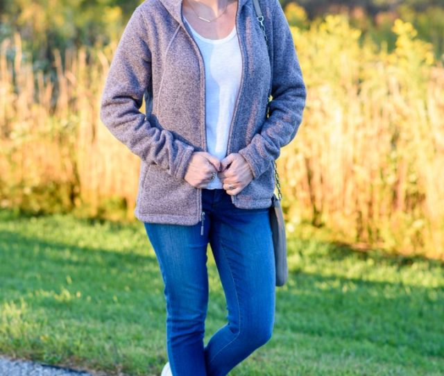 Fall Soccer Mom Outfit What To Wear To The Ball Field