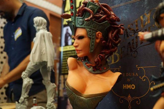 Medusa adalah yang pertama dari hasil siri H.M.O. Beastly Beauties.