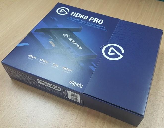 Kotak dalaman dengan logo jenama Elgato.