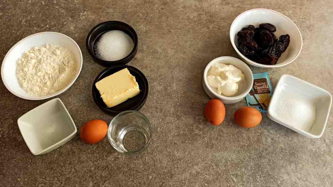 Les ingrédients pour la tarte aux pruneaux à l'alsacienne
