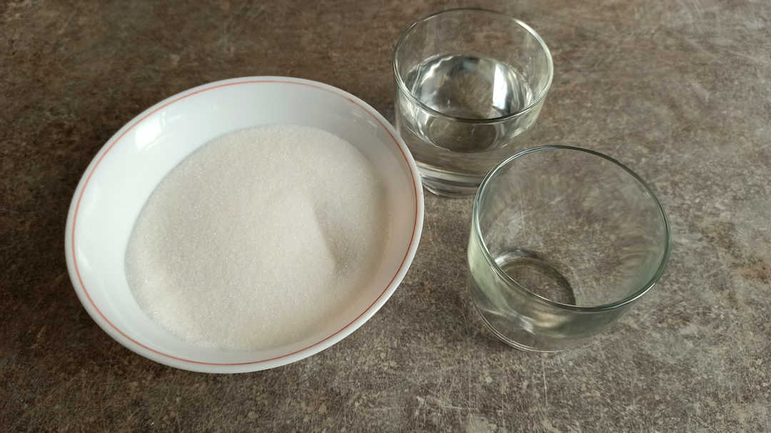Les ingrédients pour le caramel liquide