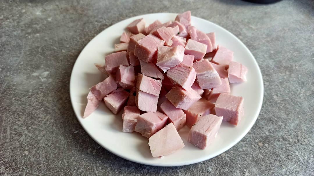 Couper le jambon en dés