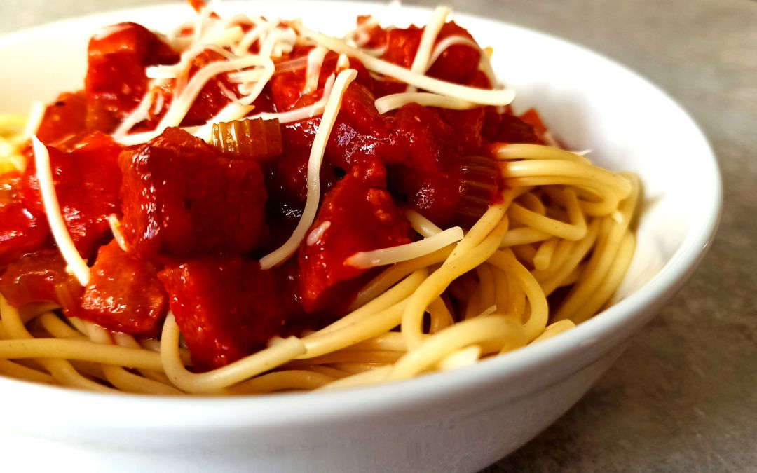 Spaghetti al salame : les spaghetti au saucisson sec à l'italienne