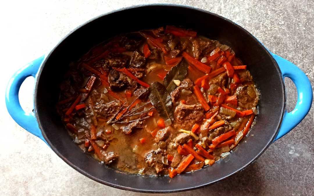 Bœuf aux carottes et au vin rouge