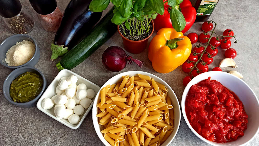 Les ingrédients du gratin de pâtes végétarien