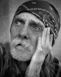 Homeless Portraiture by Leroy Skalstad/stock.xchng