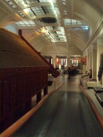 This is the foyer of the Auckand Museum. On the left is Hotuni, a Maori meeting house.