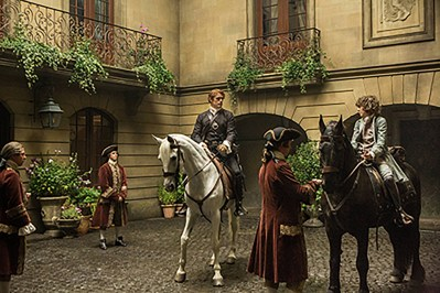 Jamie on horse courtyard