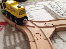 Plusieurs pièces de circuit vous permettent d'aiguiller votre train.