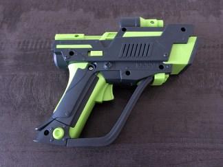 Le pistolet du jeu Alien mission de Megableu