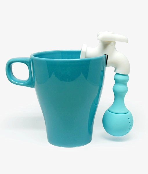Faucet Tea Infuser near cup