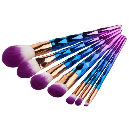 7pcs-Diamond-Shape-Rainbow-Handle-Makeup-Brushes-Set-Foundation-Powder-Blush-EyeShadow-Lip-Brush-kwasten-Beauty (3)