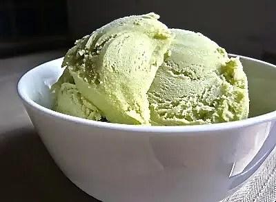 Gelato-avocado