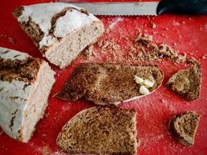 Gelato pane, burro e confettura di fragole