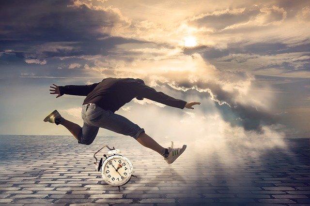 idő nyitás