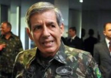 PDT protocola notícia crime contra General Heleno