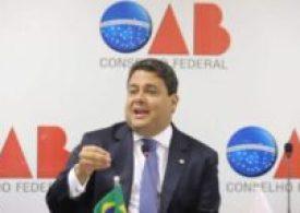 Maioria da OAB considera inevitável assinar pedido de impeachment de Bolsonaro