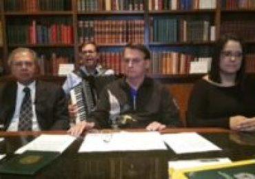 Bolsonaro usa música de Luiz Gonzaga - Netos do cantor divulgam nota de nojo