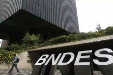 BNDES - Presidente do Conselho de Administração é sócio de consultoria que venceu licitações