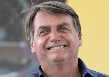 Bolsonaro recebe alta médica e embarca para Brasília