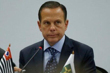 """Doria desmente Pazuello - """"Nem um tostão do governo"""""""