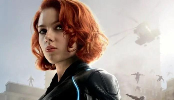 Scarlett Johansson como a viúva negra