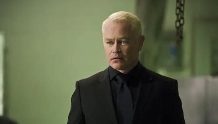 Neal McDonough como Damien Darhk em Arrow