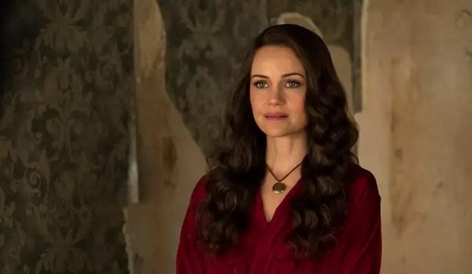 Olivia Crain da série A Maldição da Residência Hill