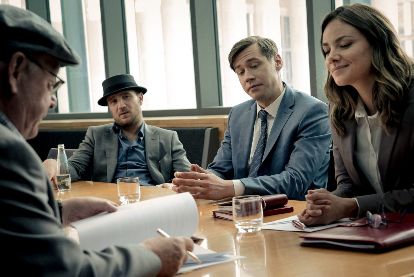 Altos Negócios - filme 2020