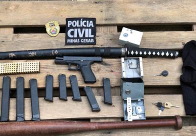 Polícia Civil de Além Paraíba cumpre mandado de busca e apreensão no bairro Goiabal