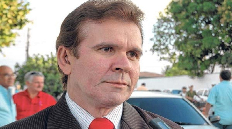 Morre o jornalista e apresentador Jota Júnior